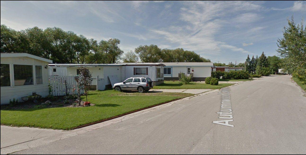 Dunston Village Mobile Home Park Autumnwood Maplewood Cres Morden MB R6M 1V6